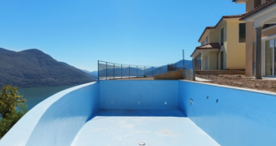 Waterproofing of swimming pool polyurethane elastomer